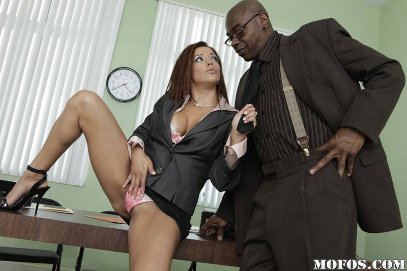 Sean Michaels (2)